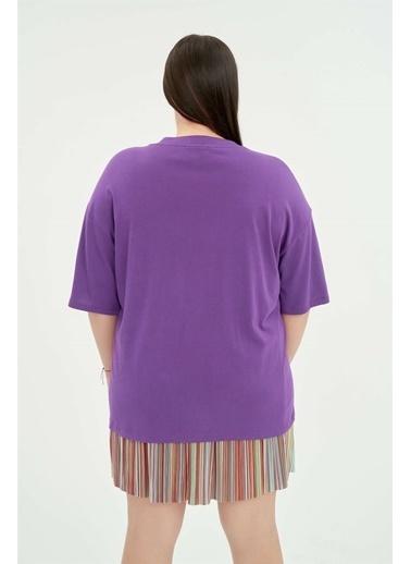 Luokk Hughes Cep Detaylı Yuvarlak Yaka Kadın T-Shirt Mor